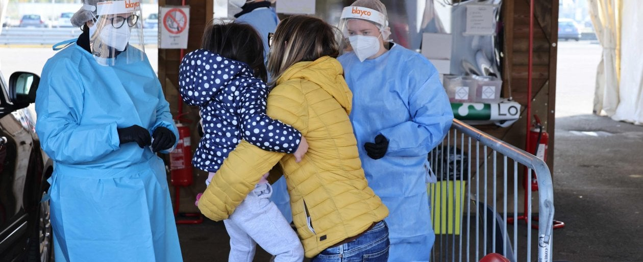 coronavirus,-il-bollettino-di-oggi-23-febbraio:-13.314-nuovi-casi-e-356-vittime