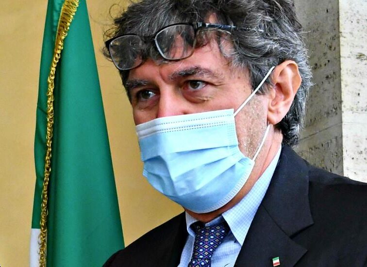 """covid,-5-comuni-in-""""zona-rossa""""-in-provincia-dell'aquila:-risolto-caso-pacentro.-firmata-ordinanza"""