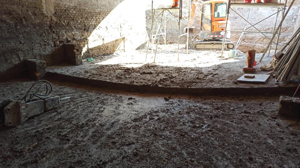 scoperta-pavimentazione-originaria-bastione-san-vitale,-durante-scavi-nel-sito-della-fortezza