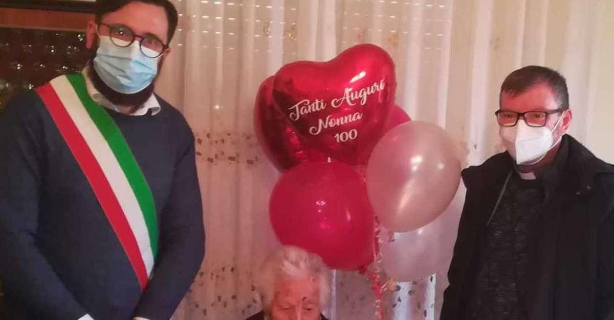 citta-sant'angelo,-e-festaper-i-100-anni-di-nonna-carina