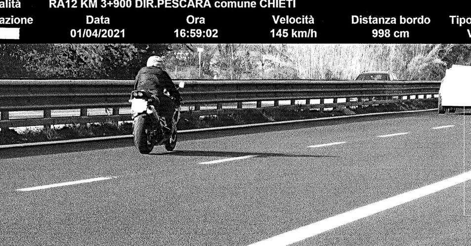 """in-moto-a-145-km-l'ora-sull'asse-attrezzato:-""""beccato""""-dall'autovelox"""