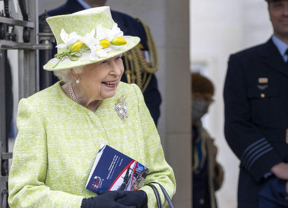 il-«ritorno»-della-regina-elisabetta-e-le-altre-storie-della-settimana
