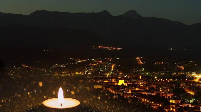 """anniversario-sisma-2009:-centofanti,-""""luci-alla-finestra-per-ricordare-vittime-6-aprile-e-pandemia"""""""