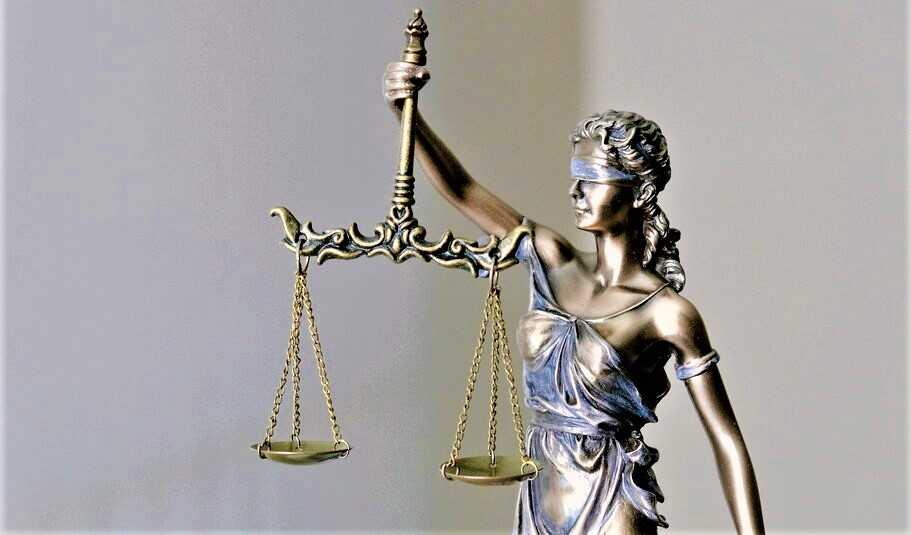 il-ruggito-/-ingiusta-come-la-giustizia