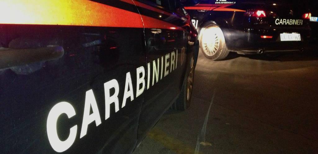 vestiti-da-carabinieri-per-compiere-furti-e-rapine:-8-arresti,-anche-a-teramo