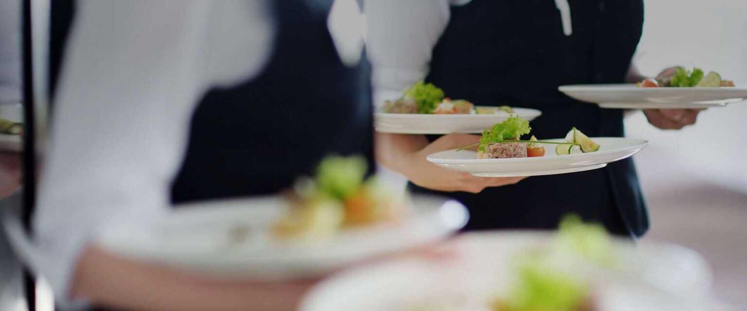 aiuti-a-ristoratori-e-operatori-alberghieri:-legge-approvata-all'unanimita-in-abruzzo