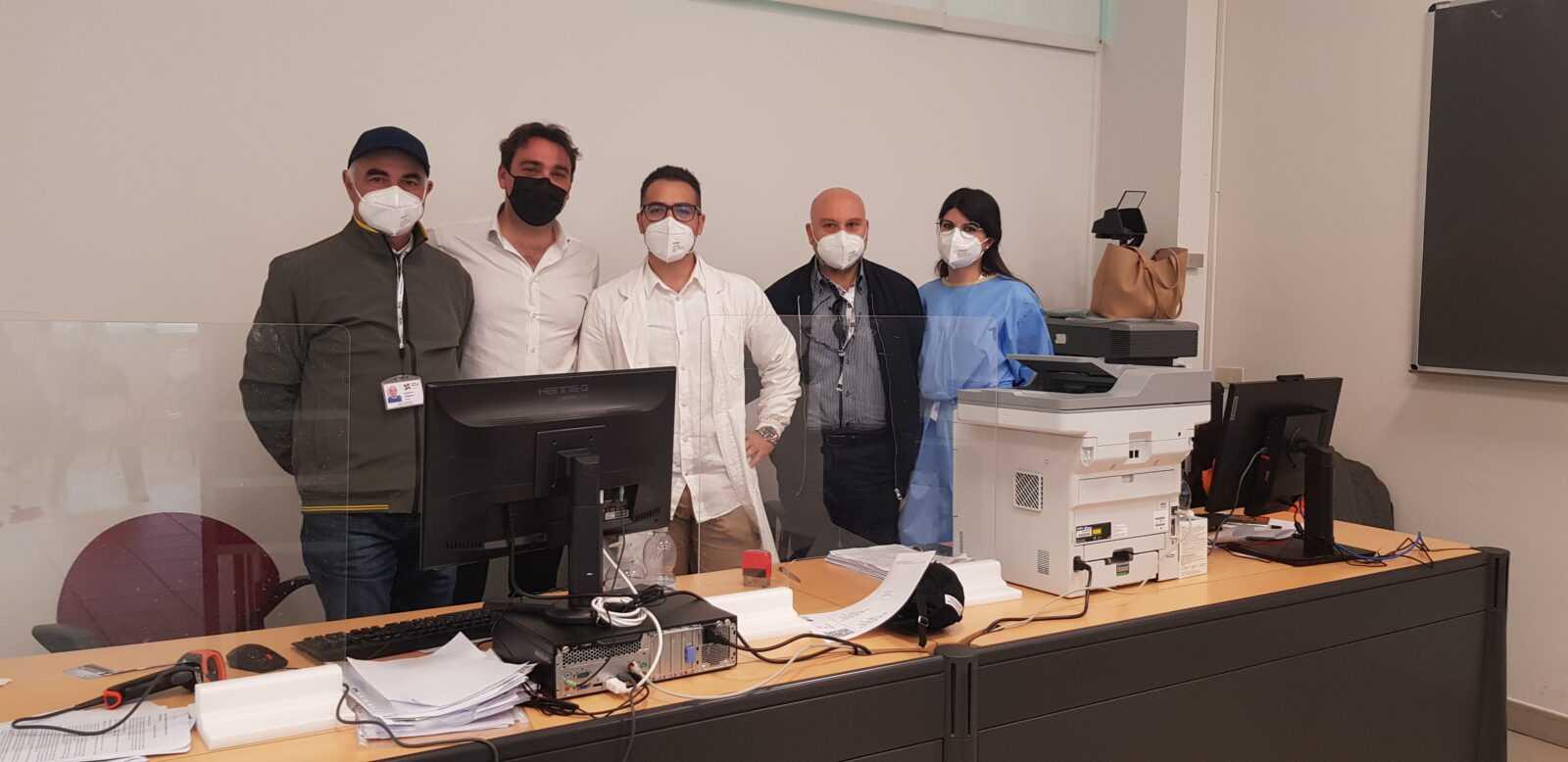 foto-|-la-vaccinazione-anticovid-del-sindaco-d'alberto