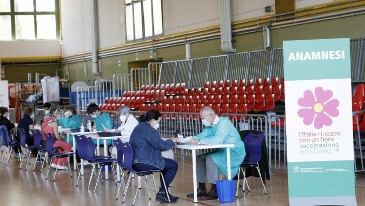 coronavirus-in-italia,-bollettino-di-oggi-21-maggio:-5.218-nuovi-casi-e-218-morti