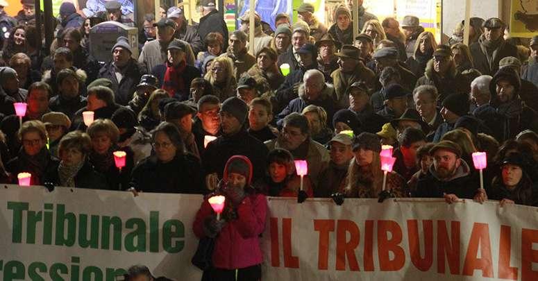 tribunali,-4-comuni-manifestano:«salvare-i-presidi-della-legalita»