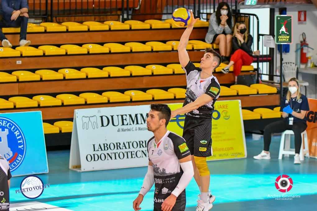 volley-a3,-il-giovane-mattia-catone-resta-all'abba-pineto
