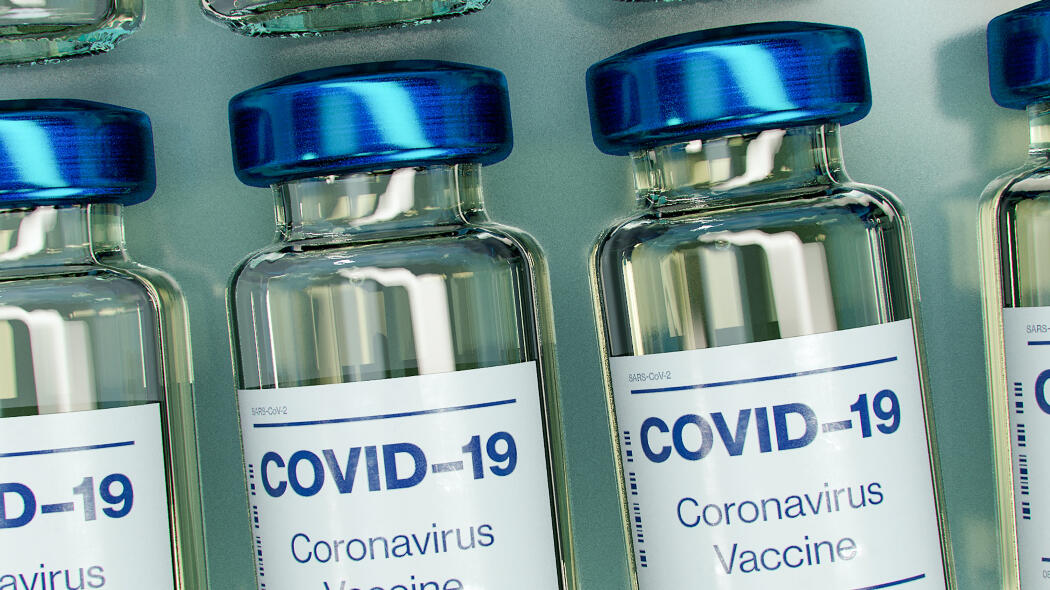 vaccini-covid,-weekend-da-record:-per-il-secondo-giorno-consecutivo-600mila-somministrazioni