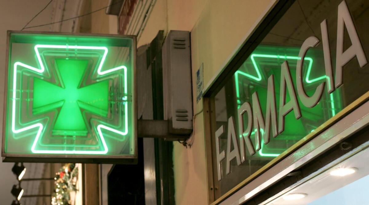 covid:-le-farmacie-comunali-abruzzesi-in-prima-linea-per-la-campagna-vaccinale