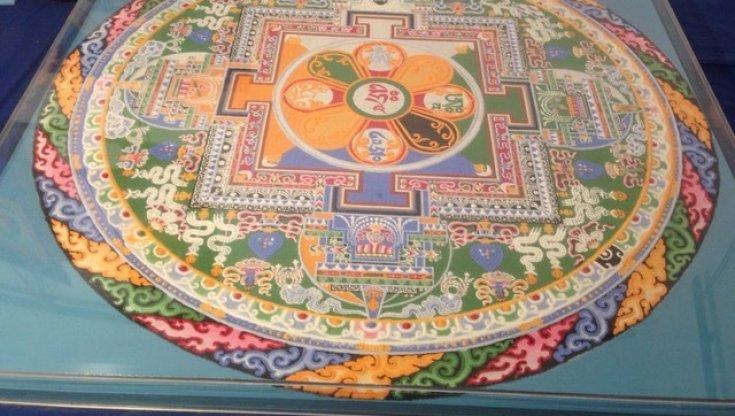 """la-battaglia-del-mandala-del-dalai-lama,-livia-pomodoro:-""""non-distruggetelo"""""""