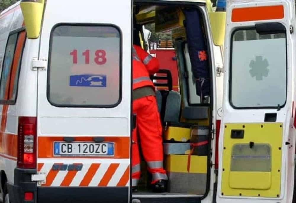 incidente-a-barrea,-frontale-con-un'auto:-muoiono-due-motociclisti-molisani