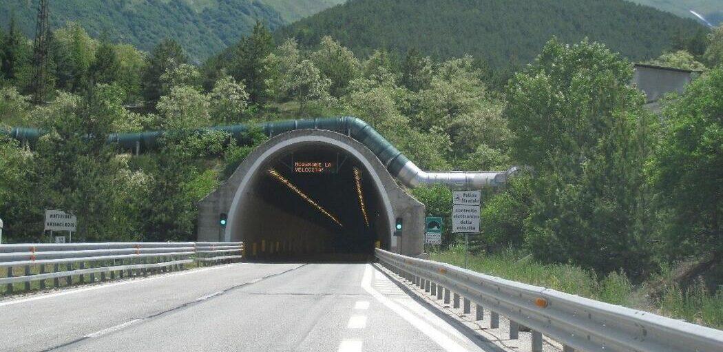 autostrada-a24:-chiusure-notturne-tra-caselli-colledara-e-assergi