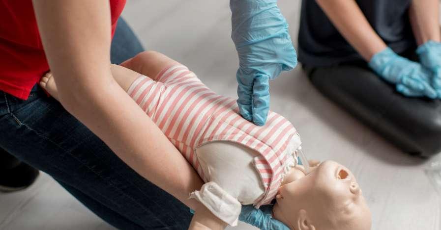 rischia-di-soffocare,-salvato-un-neonato