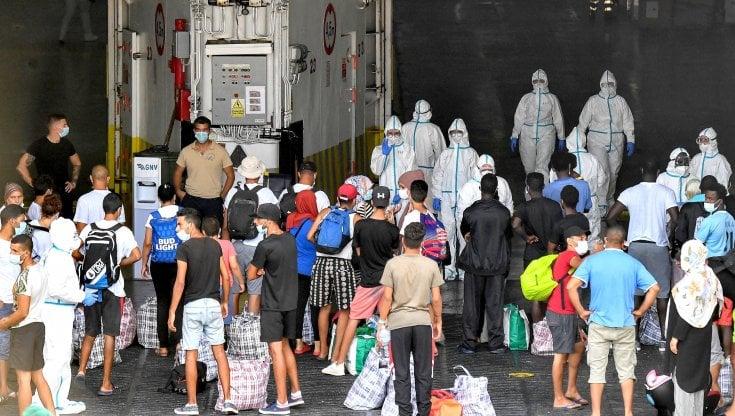 migranti,-nuovi-sbarchi-a-lampedusa:-388-le-persone-approdate-sull'isola
