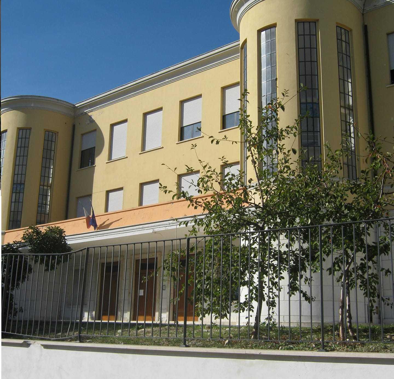 ad-atri-165mila-euro-di-fondi-per-l'edilizia-scolastica-per-avvio-a-s.-2021/2022