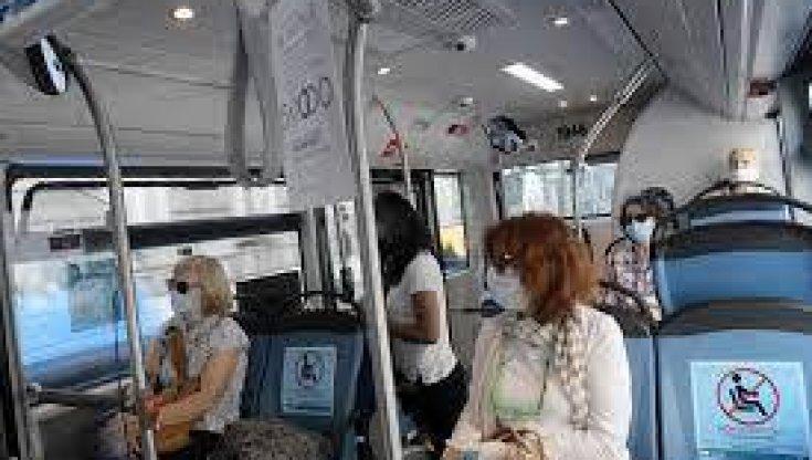 chi-e-senza-pass-scendera-dal-treno.-piu-bus,-ma-si-litiga-sui-controllori