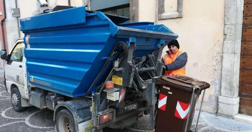 raccolta-rifiuti-organiciil-cogesa-riduce-il-servizio