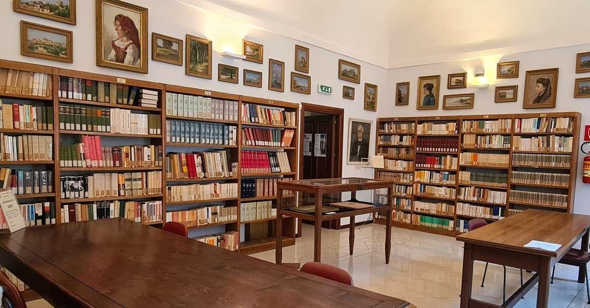 la-biblioteca-bindi-da-lunediriaprira-anche-di-mattina