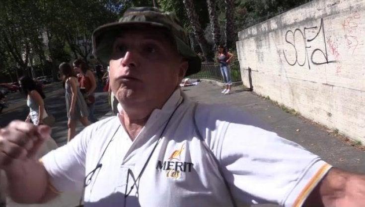 no-vax,-identificato-l'aggressore-del-giornalista-di-repubblica-a-roma:-e-un-collaboratore-scolastico
