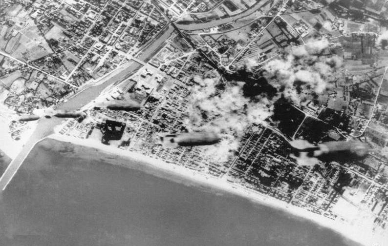 pescara:-risuona-la-sirena-in-ricordo-delle-vittime-del-bombardamento-americano-del-31-agosto-1943