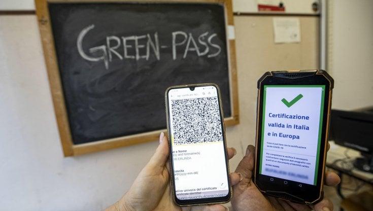 """""""green-pass-per-i-genitori-che-devono-entrare-a-scuola"""",-il-ministero-frena"""