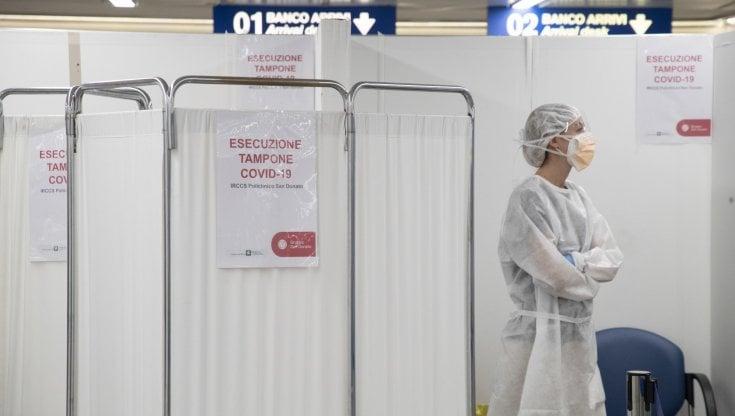 coronavirus-italia,-il-bollettino-di-oggi-31-agosto:-5498-positivi-e-75-morti.-e'-il-numero-di-decessi-piu-alto-da-giugno