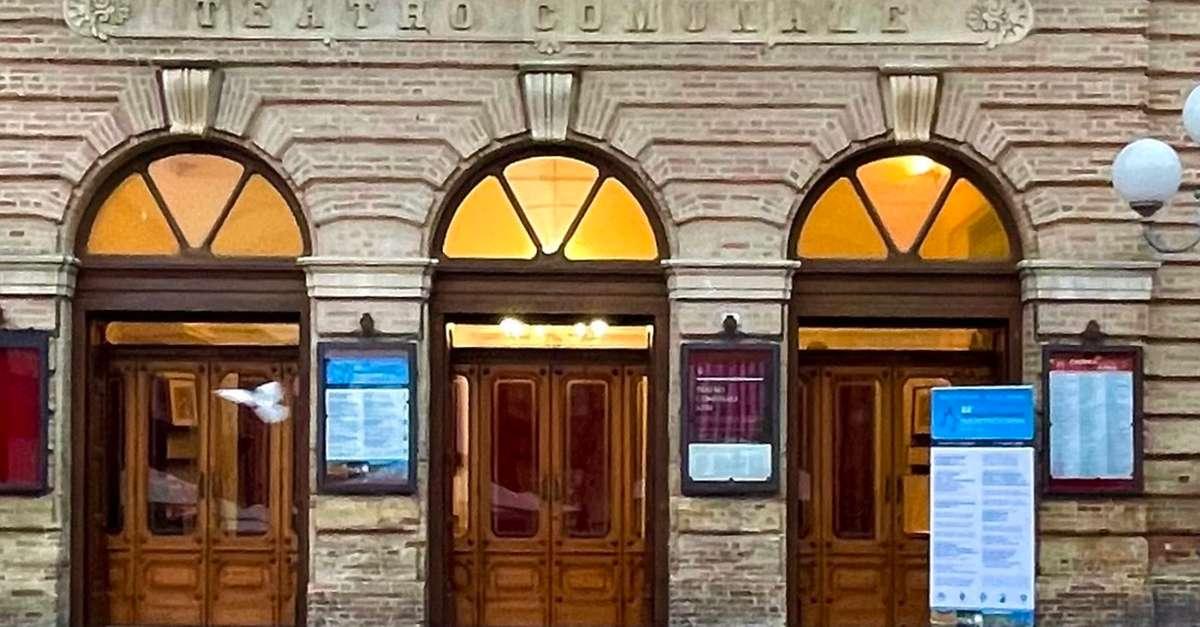 «serve-chiarezza-sull'affidamento-del-bar-del-teatro»