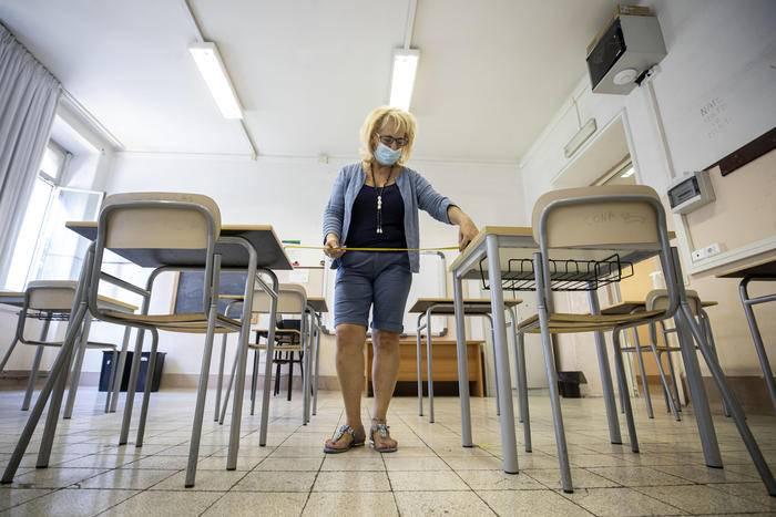 primo-giorno-di-scuola-in-abruzzo:-intervista-ad-assessore-quaresimale,-la-diretta
