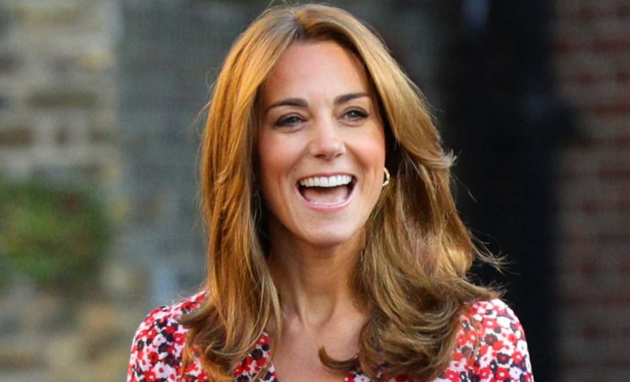backingham-palace-in-festa-per-il-nuovo-royal-wedding-|-kate-middleton-al-settimo-cielo