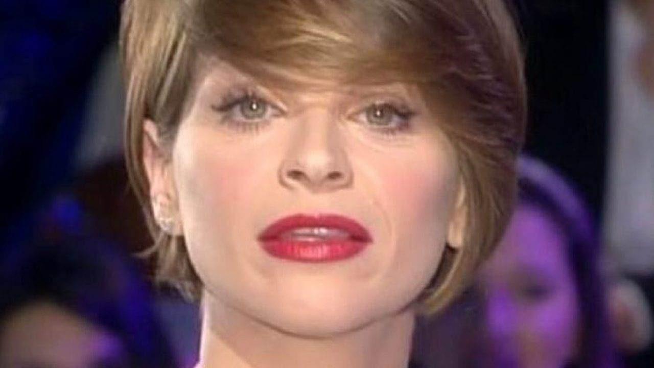 alessandra-amoroso-nuovo-taglio-di-capelli:-la-cantante-cambia-look