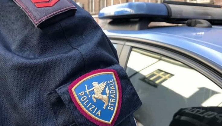 poliziotta-con-il-vizio-del-gioco-rubava-i-soldi-delle-multe:-condannata-a-risarcire-129-mila-euro