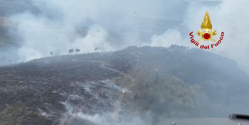 incendio-parco-maiella:-operazioni-di-spegnimento-in-corso-da-tre-giorni