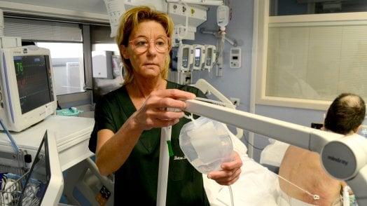 """la-rianimatrice-lidia-dalfino:-""""col-primo-paziente-covid-un-silenzio-assordante-nel-policlinico.-vi-racconto-quelle-notti"""""""