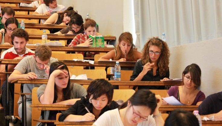 universita,-il-si-della-camera-alla-possibilita-di-iscriversi-a-due-corsi-laurea