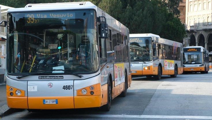 autisti-senza-green-pass,-a-genova-e-a-savona-tagliate-le-corse-dei-bus